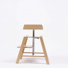 design-cruck-kinderstoel-verstelbaar-inklapleuning