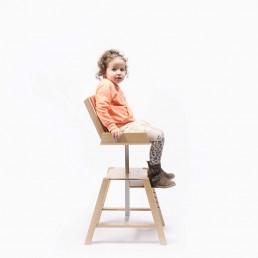 maud-van-deursen-design-cruck-kinderstoel