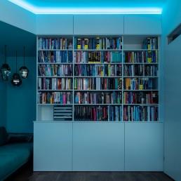 interieurontwerp-boekenkast-op-maat-Custommade-blauw